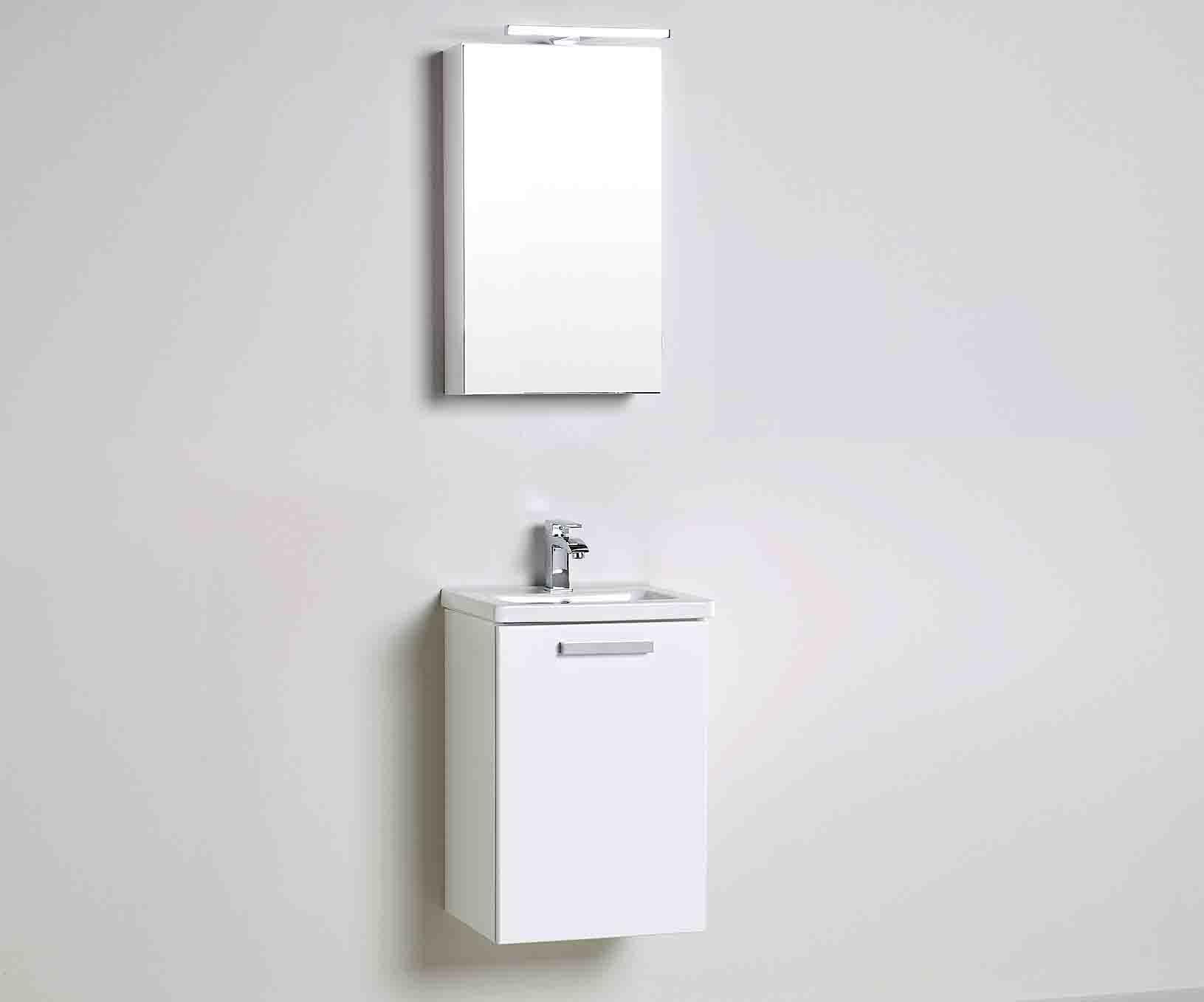 Badrum med smarta lösningar för det lilla badrummets funktion ...